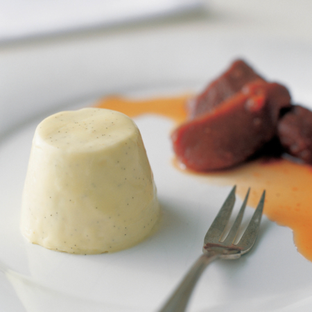 Panna cotta with gorgonzola & honey